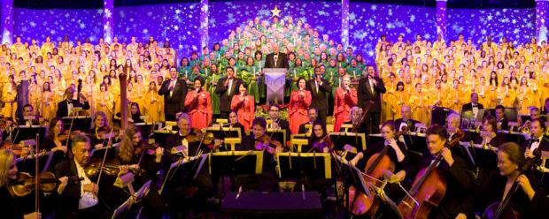 candlelight-processional-00-full.jpg